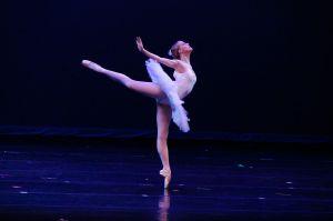 1024px-Ballet-Ballerina-1853